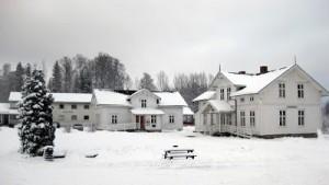Bygningen til høyre er Elisabethstua, mit hjem de seneste fem uker.