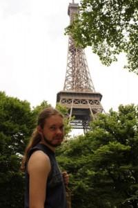 Man kan beundra Eiffeltornet!