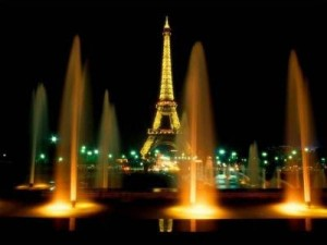 paris_at_night_1162048272_68957694