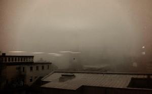 Oftast har man en ganska trevlig utsikt men vissa mornar är det väldigt grått utanför fönstret...