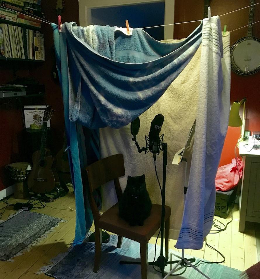 Magkatarr, studio i vardagsrummet och vad som händer nu